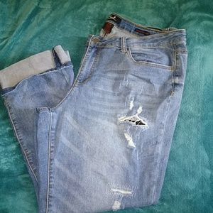 Womens Earl distressed jeans